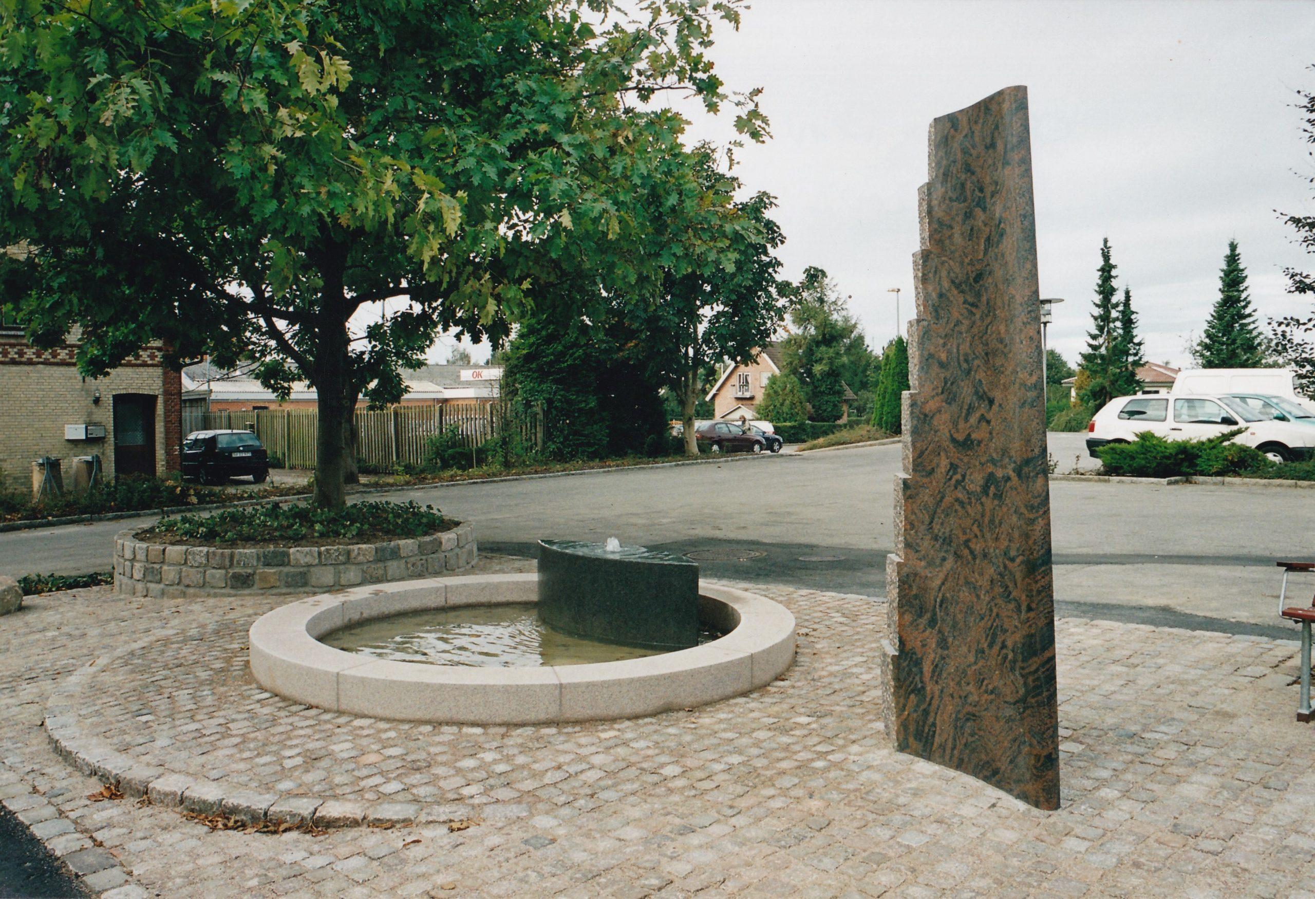Udsmykning ved Løjt kirke, 2002