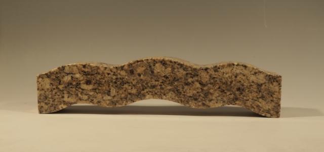 """""""Bølge"""" Model af bænk IV, Granit, 11.5x48x8, Pris 10.000 Kr."""